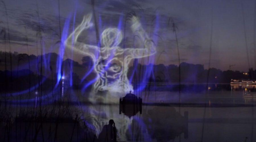 Melosine – Projection Mapping  über dem Wasser